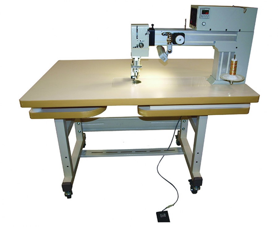 INNOVA® Sit-Down Longarm Quilting Machine - Industrial